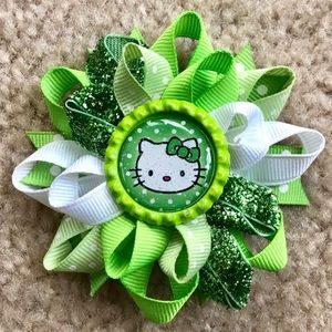 *$5 Bundle!* Hello Kitty Loopy Bow